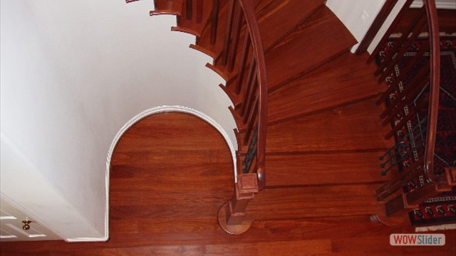 10Red Half Moon Stair